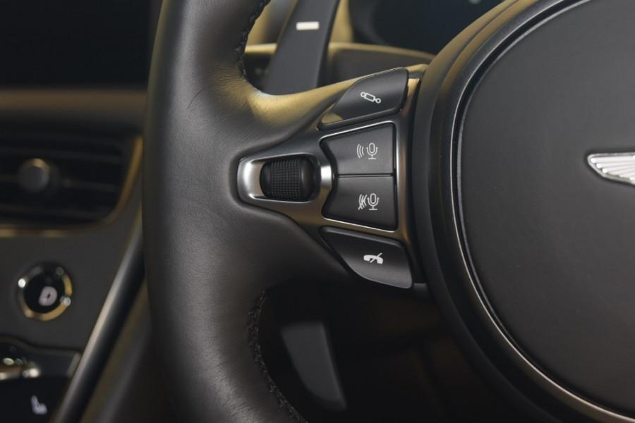 2018 MY19 Aston martin Dbs Superleggera Coupe Mobile Image 21