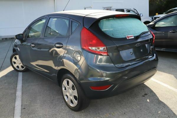 2010 Ford Fiesta WS CL Hatchback Image 3
