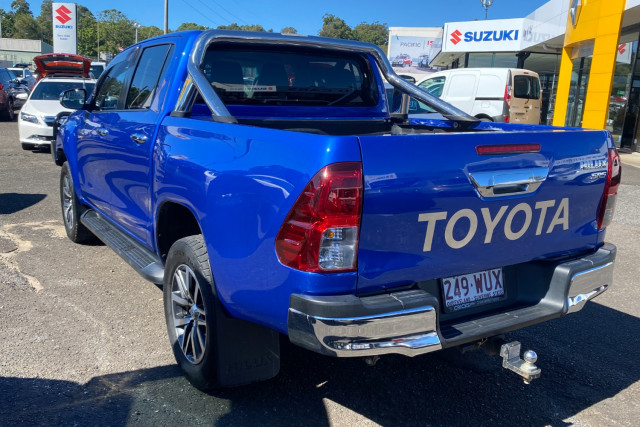 2016 Toyota HiLux GUN126R SR5 Utility Image 5