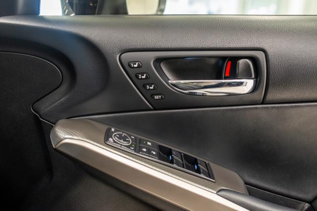 2016 Lexus Is GSE31R 350 F Sport Sedan Image 37