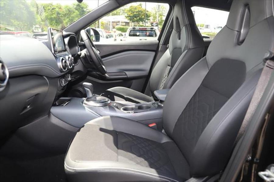 2020 Nissan JUKE F16 ST-L Hatchback Image 9