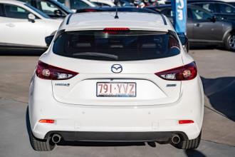 2018 Mazda 3 BN5476 Touring Hatchback Image 5