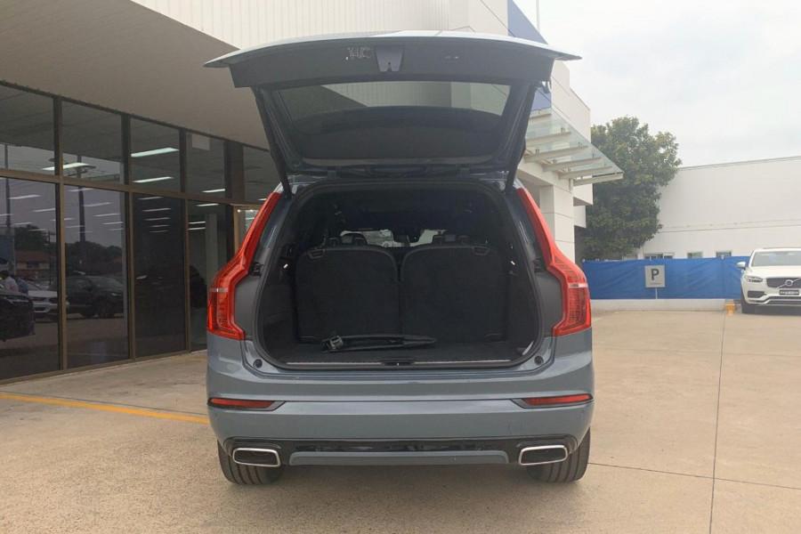 2020 Volvo XC90 L Series T6 R-Design Suv Mobile Image 8