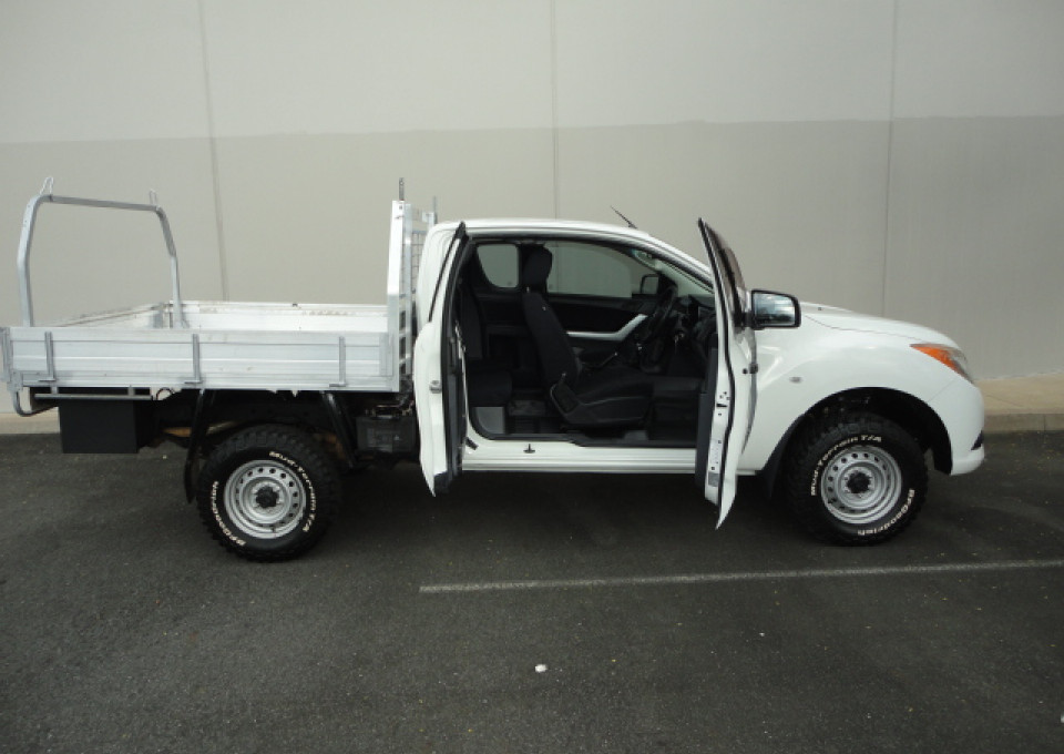 2013 Mazda BT-50 UP0YF1 XT Cab chassis - extended cab