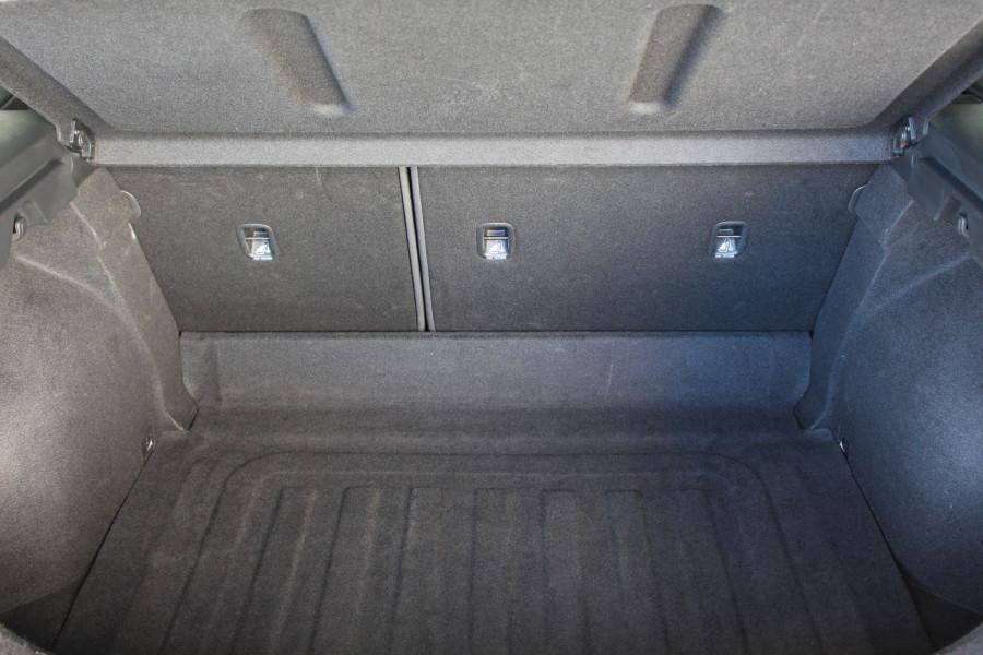 2018 Hyundai i30 PD Active Hatchback Image 7