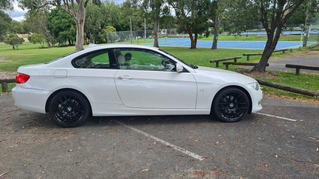 2012 BMW 3 Series E92 320d Coupe Image 3