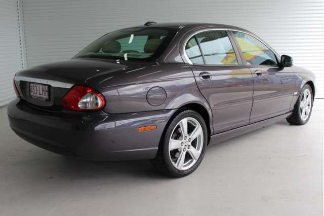 2008 MY09 Jaguar X-type X400 MY09 LE Sedan Image 2
