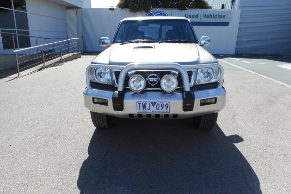 2005 Nissan Patrol GU IV  ST Suv