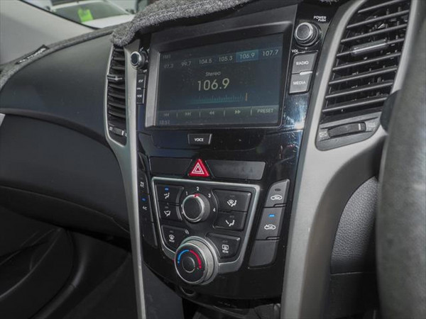 2015 Hyundai I30 GD4 Series II MY16 Active Hatchback image 11