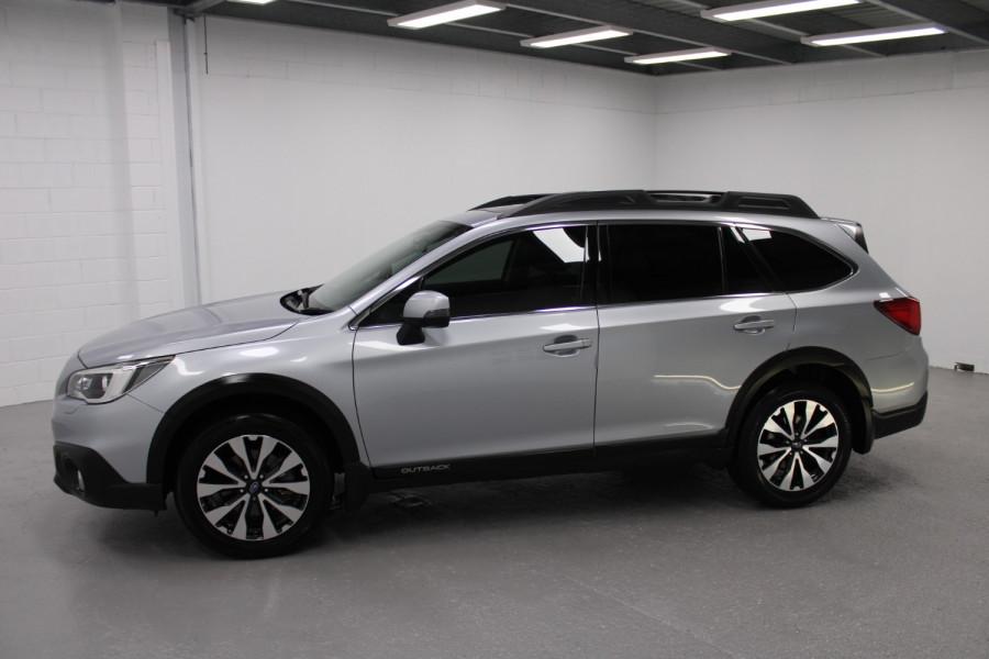 2015 Subaru Outback Premium Image 1