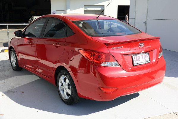 2013 Hyundai Accent RB Active Sedan