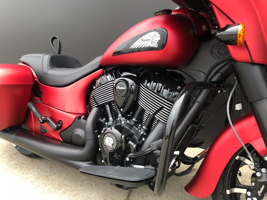 2020 Indian Chieftain DArk Horse Motorcycle Image 7