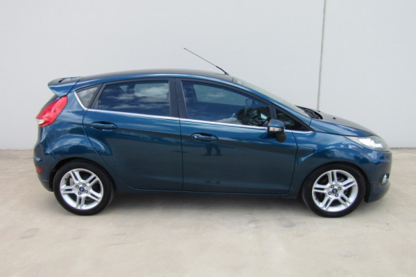 2011 Ford Fiesta WT LX Sedan Image 2