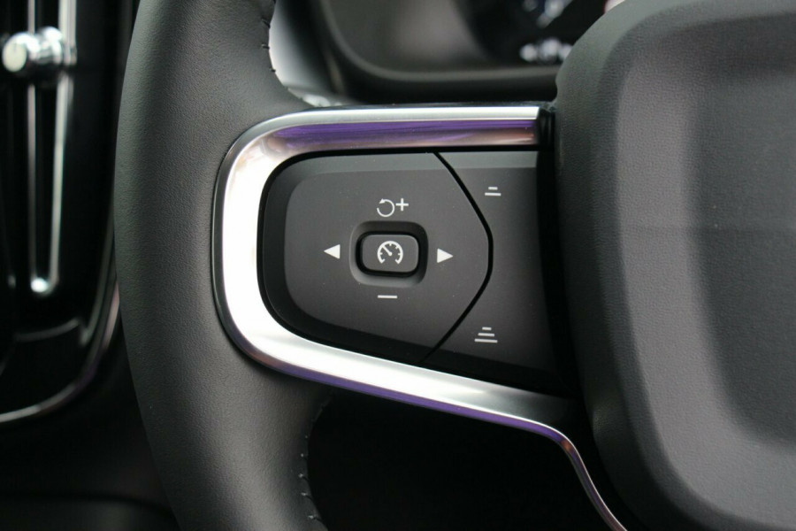 2019 MY20 Volvo XC40 XZ T4 Momentum Suv Mobile Image 12