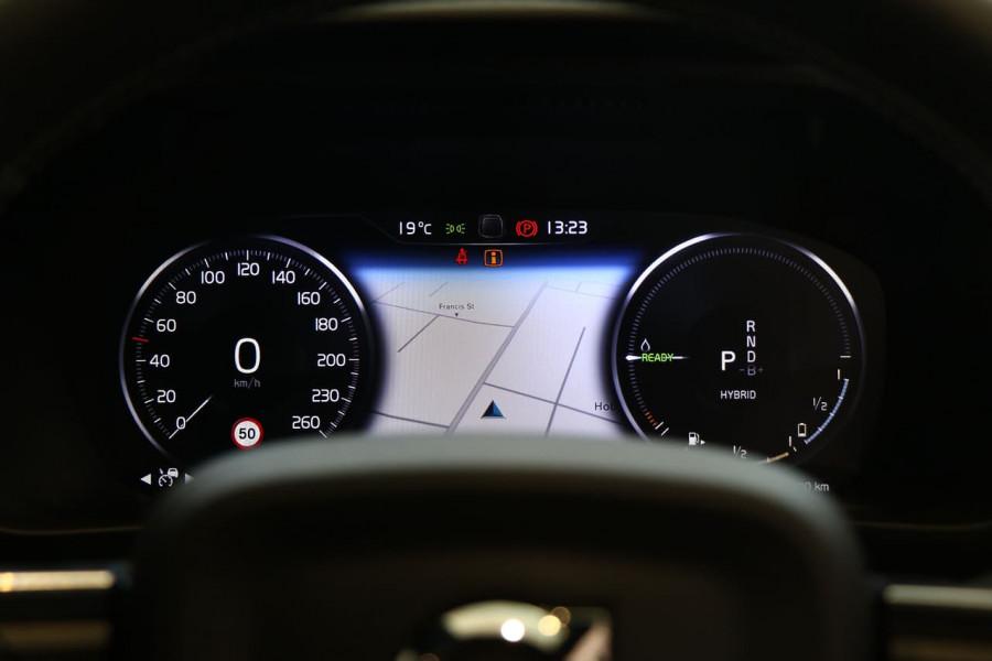 2021 Volvo XC40 XZ T5 Recharge PHEV Suv Image 10