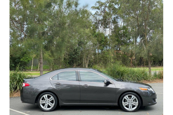 2010 Honda Accord Euro CU MY10 Luxury Sedan Image 2