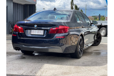 2015 BMW 5 Series F10 LCI 520d M Sport Sedan Image 2