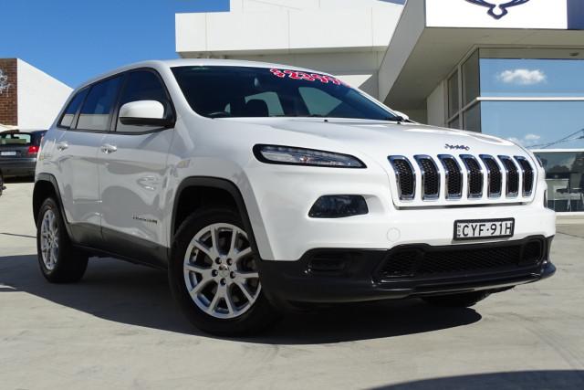 2015 Jeep Cherokee Sport 1 of 26