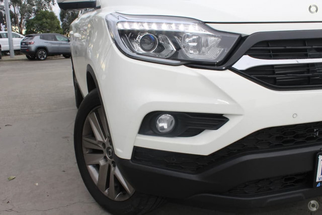 2019 SsangYong Musso XLV Ultimate 1 of 20