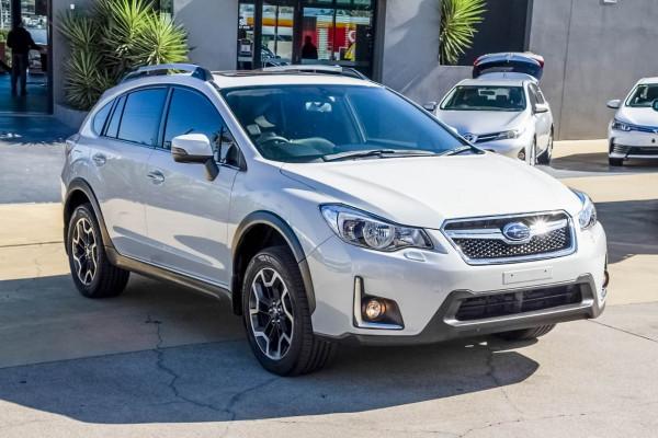 2015 Subaru Xv G4X MY16 2.0i-S Suv Image 3