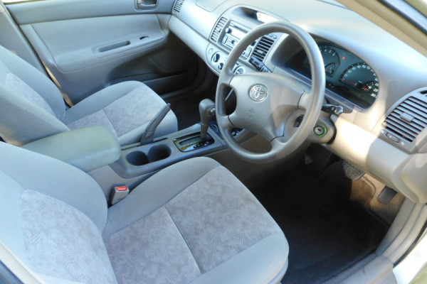 2003 Toyota Camry MCV36R Altise Sedan Image 4