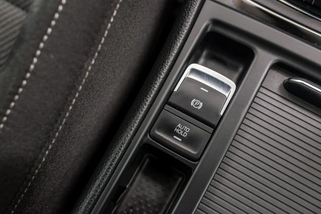 2017 MY18 Volkswagen Golf 7.5 R Grid Edition Hatch Image 29
