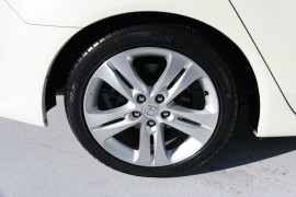 2011 Honda Accord Euro CU MY11 Luxury Sedan Image 5