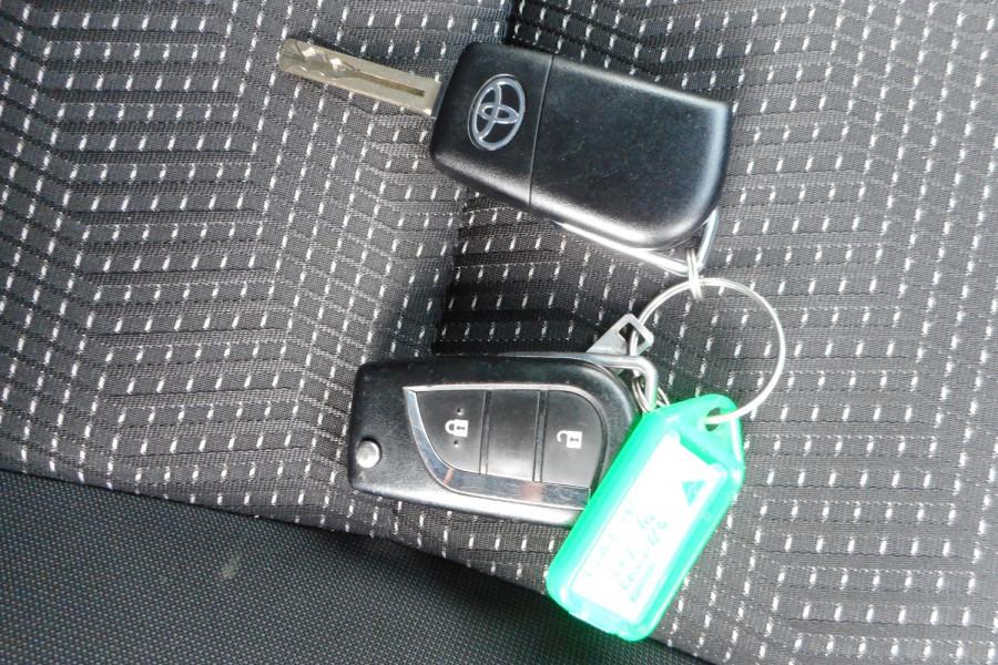 2018 Toyota Corolla ZRE182R Ascent Sport Hatchback Image 21