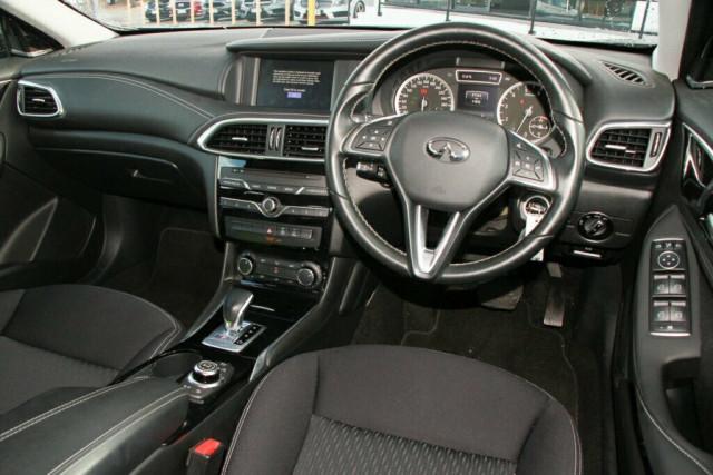 2016 Infiniti QX30 H15 GT D-CT AWD Suv Image 11