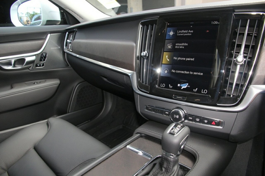 2019 MY20 Volvo V90 Cross Country P Series D5 Wagon Image 10