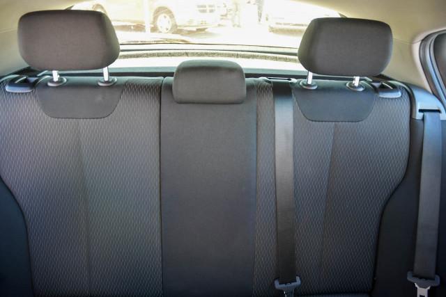 2012 BMW 1 Series F20 116i Hatchback Image 14
