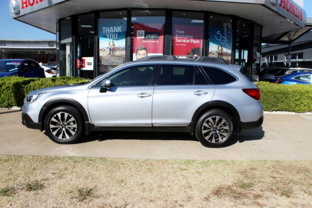 2016 Subaru Outback 5GEN 3.6R Suv Image 5
