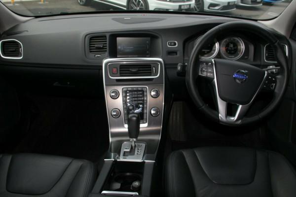 2012 Volvo S60 Wagon Image 5