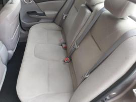 2012 Honda Civic 9th Gen Ser II VTi Sedan image 15