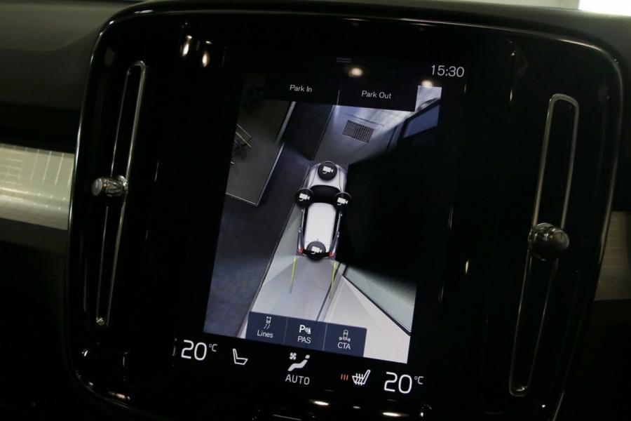 2020 Volvo Xc40 (No Series) MY20 T4 Momentum Suv Image 17
