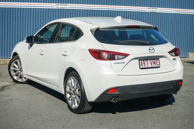 2015 Mazda 3 BM Series SP25 Hatchback Image 2