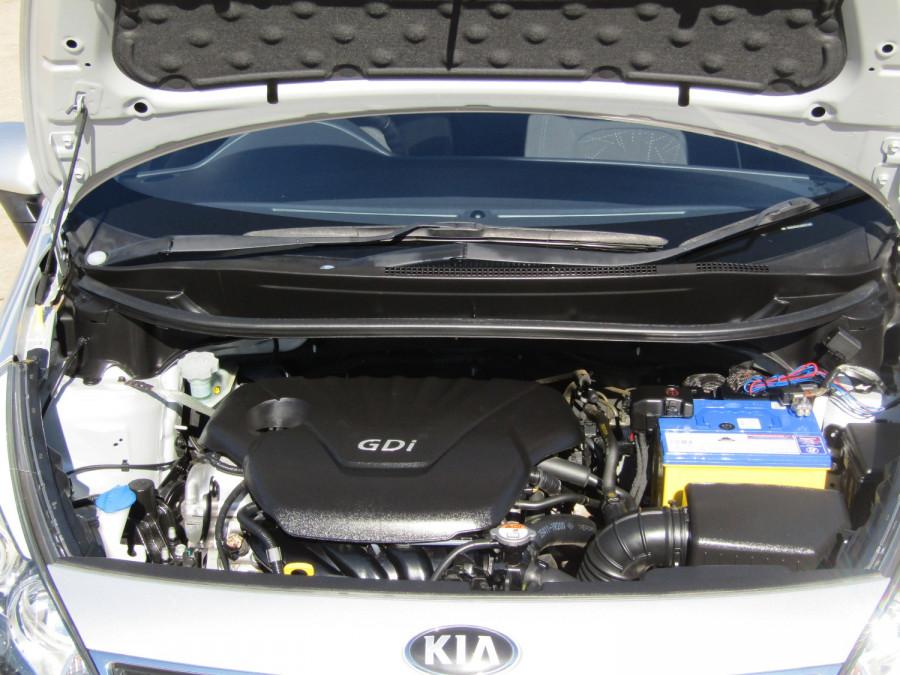 2013 Kia Rio UB  SLi Hatchback Image 13