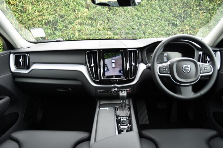 2019 MY20 Volvo XC60 UZ T5 Momentum Suv Image 8