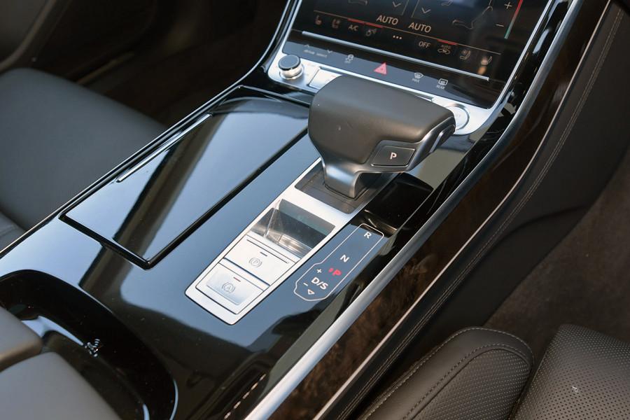 2018 Audi A8 4N MY18 50 TDI Sedan Mobile Image 18