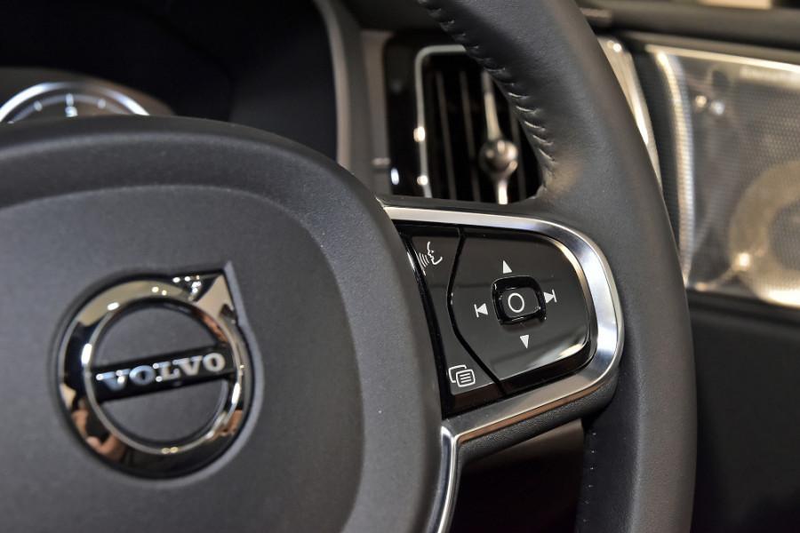 2019 Volvo XC60 UZ D4 Inscription Suv Mobile Image 23