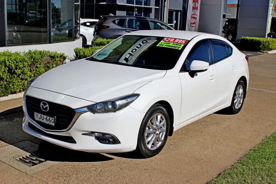 2017 Mazda Mazda3 BN5238 SP25 Sedan Image 1