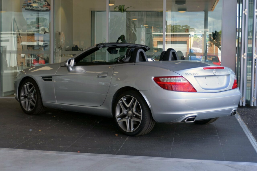 2015 MY06 Mercedes-Benz Slk200 R172 806MY Convertible Mobile Image 5