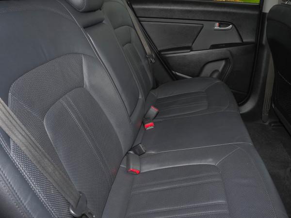 2011 Kia Sportage SL Platinum Suv image 10