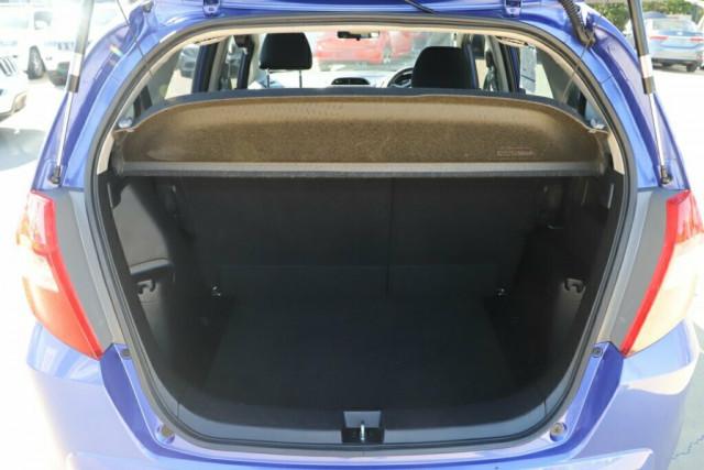 2013 Honda Jazz GE Vibe Hatchback Image 9