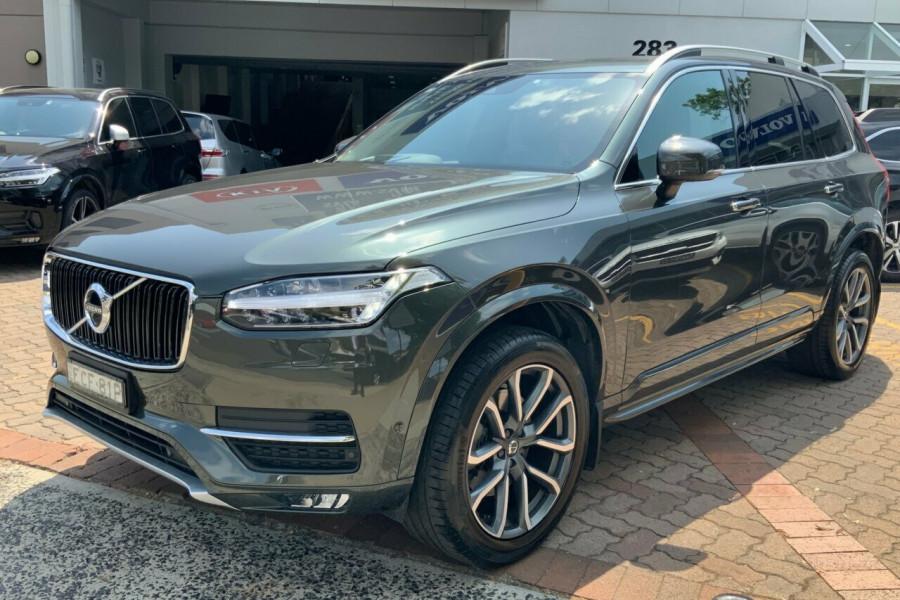 2018 MY19 Volvo XC90 256 MY19 D5 Momentum (AWD) Suv Mobile Image 7