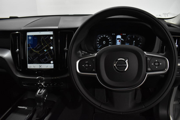 2019 Volvo XC60 (No Series) MY20 D4 Momentum Suv Image 5