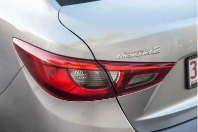 2016 Mazda 2 DL Series Maxx Sedan Image 5