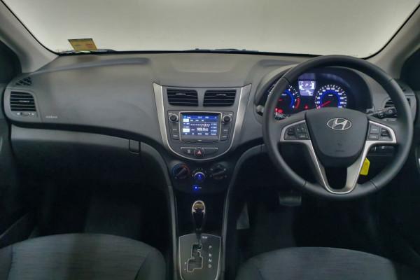 2019 MYch Hyundai Accent RB6 Sport Hatch Hatchback Image 4