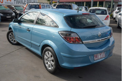 2005 Holden Astra AH MY06 CD Coupe Image 3
