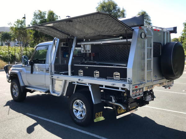 2009 MY10 Toyota Landcruiser Cab chassis Image 5